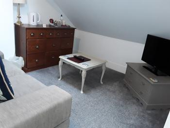 Family-Family-Ensuite with Bath-Side Sea View-2 double beds R5