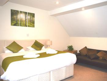 Double Ensuite with Sofa-Bed