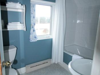 Captain's Quarters-Queen-Ensuite-Standard-Ocean View