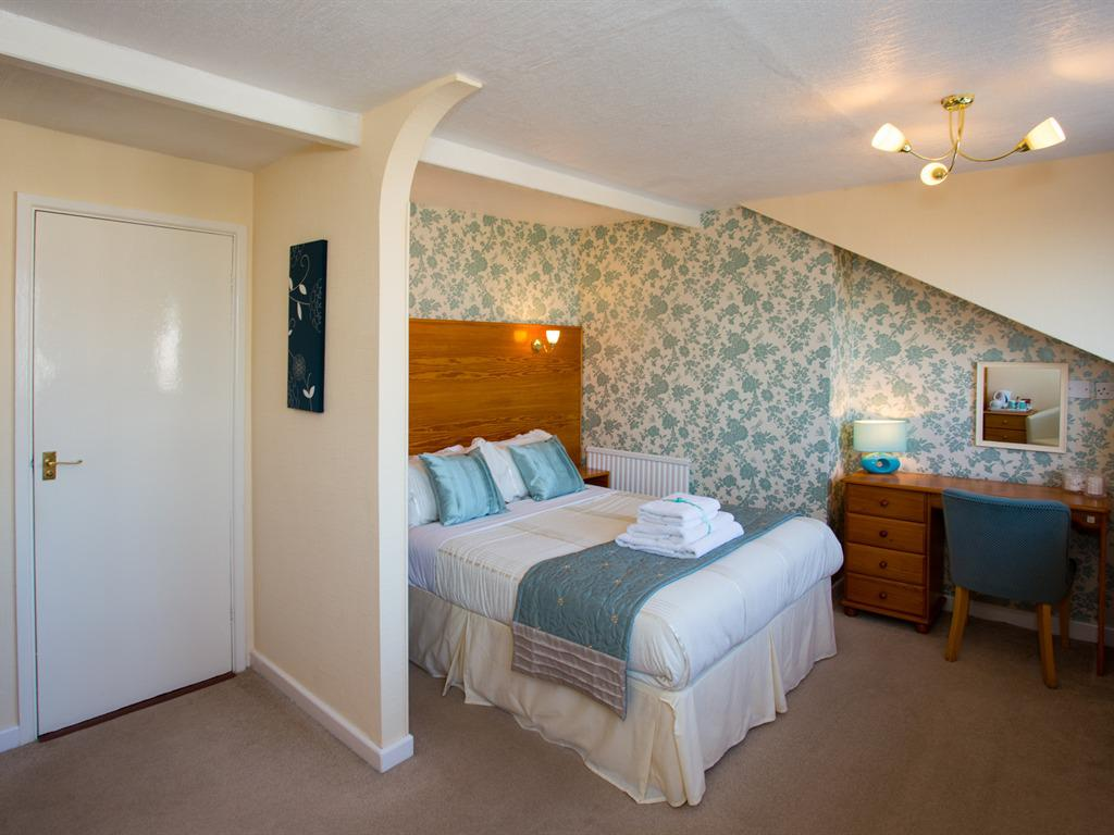 Double room-Ensuite-Sea View-Large - Base Rate