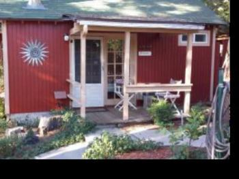 Cabin-Ensuite with Bath-Standard-Garden View-07 - Hideaway