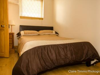 Single room-Cottage-Ensuite-Whitehouse  R1 Downstairs