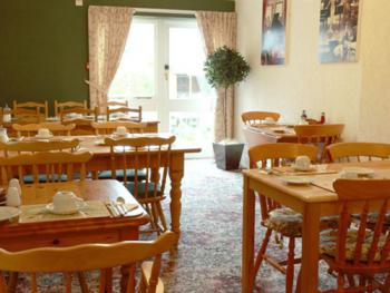 Rohaven Breakfast room