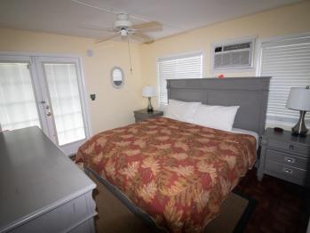 Unit #8 / Caribbean Suite