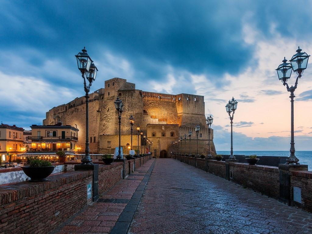 'Lungomare di Napoli' 'Naples seafront'