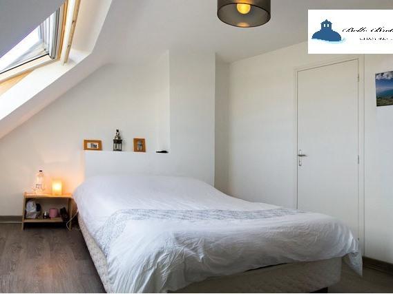 Chambre Simple-Confort-Salle de bain et douche-Vue mer