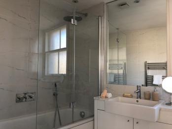Apartment-Premium-Ensuite with Bath-2 bedroom apartments