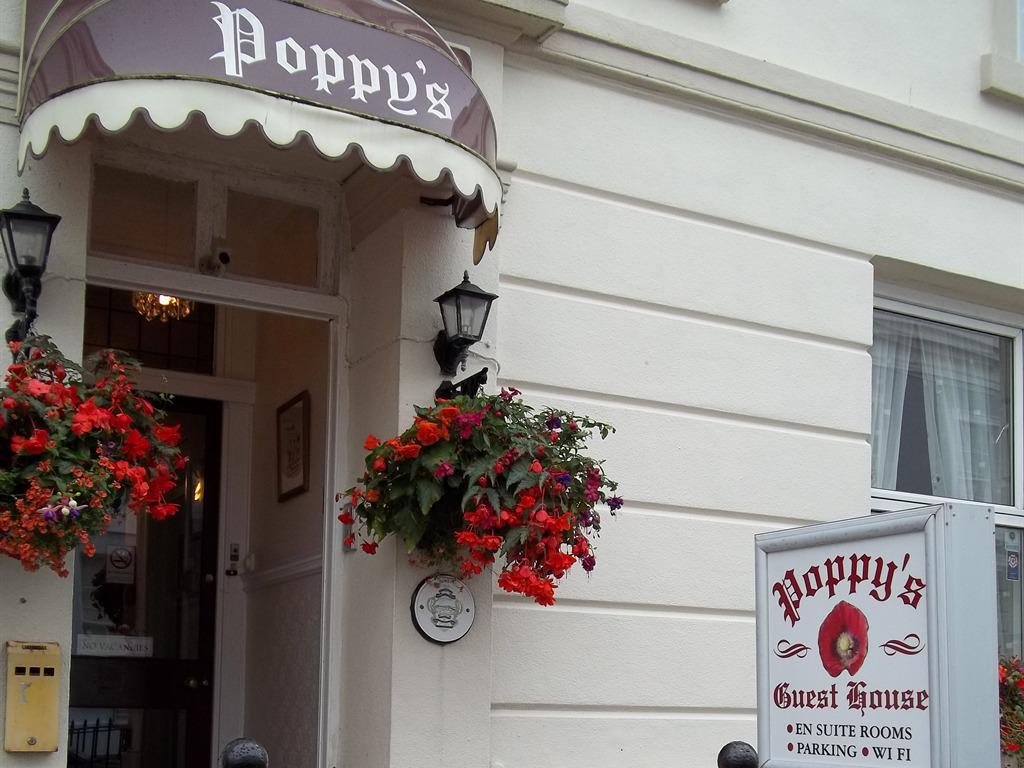 Poppy's Guest House