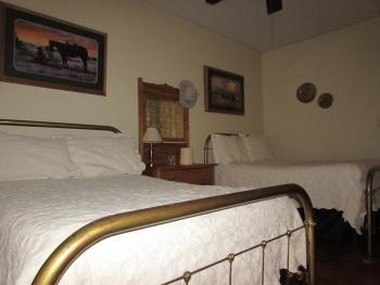 Double room-Private Bathroom-Standard-No view-Tom Horn Room - Base Rate