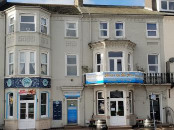 Henry's On The Prom -