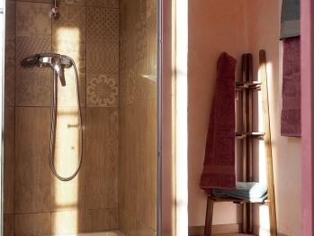 Les Coûtas - salle de bains