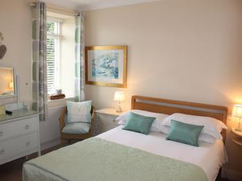 Compact-Double room-Ensuite