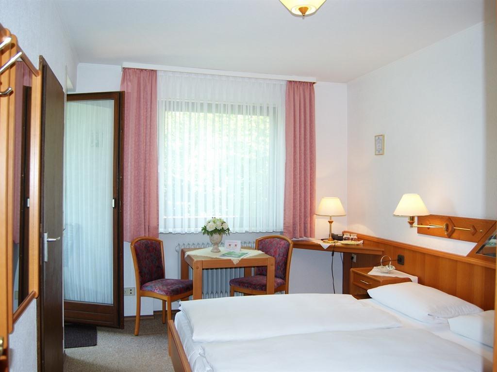 Doppelzimmer-Eigenes Badezimmer-Balkon - Basistarif