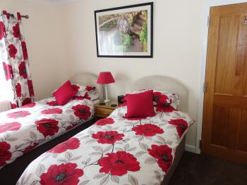 Twin room-Ensuite-Room 4