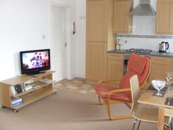 flat 7 lounge
