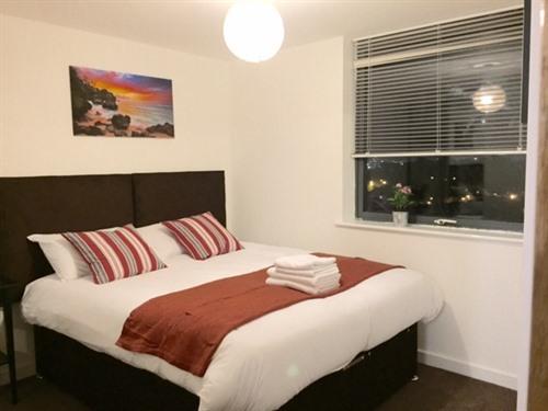 Apartment-Apartment-Ensuite with Bath-City View