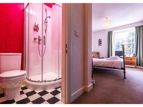 Double room-Ensuite with Shower - Double room-Ensuite with Shower