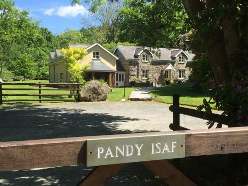 Welcome to Pandy Isaf
