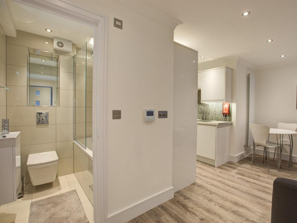 Apartment-Standard-Private Bathroom-Garden View-Ground Floor Premium 1Bed - Base Rate