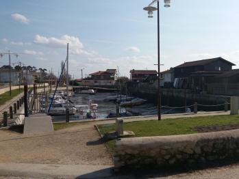 Balade sur le port de Taussat, à 2 pas de la villa Glen-Tara