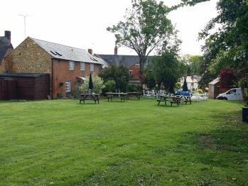 Large leisure garden