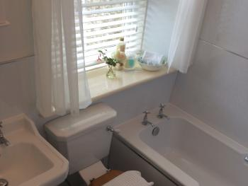 Double Room En Suite Bathroom