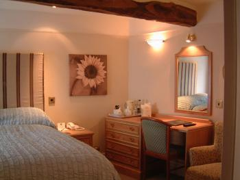 Classic Double Room - Ensuite - Bed & Breakfast