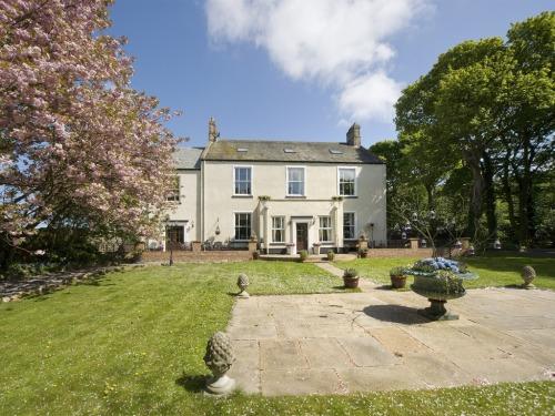 Herrington Hill House