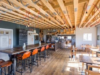 Cafe - Bar - Restaurant