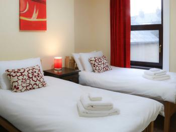 Twin Shared Guest Room
