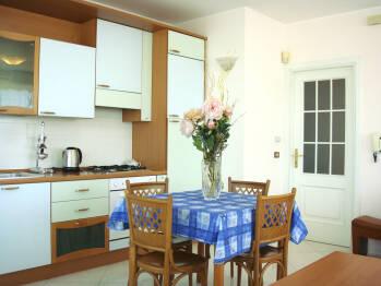 Appartamento-Appartamento-Bagno privato-Balcone