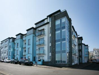 Queens Quarter Apartment Portrush - Carrig Na Rone Apartments