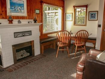 #8 Beachcomber Living Room