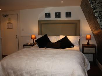 The Blue Boar - Deluxe Double Room