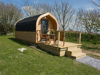 Green Apple Pod-Sleeps 2