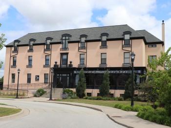 St. Brendan's Irish Inn & Pub