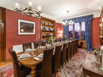 Dining room in Alladale Lodge