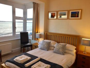Double room-Superior-Ensuite-Sea View-Room 3