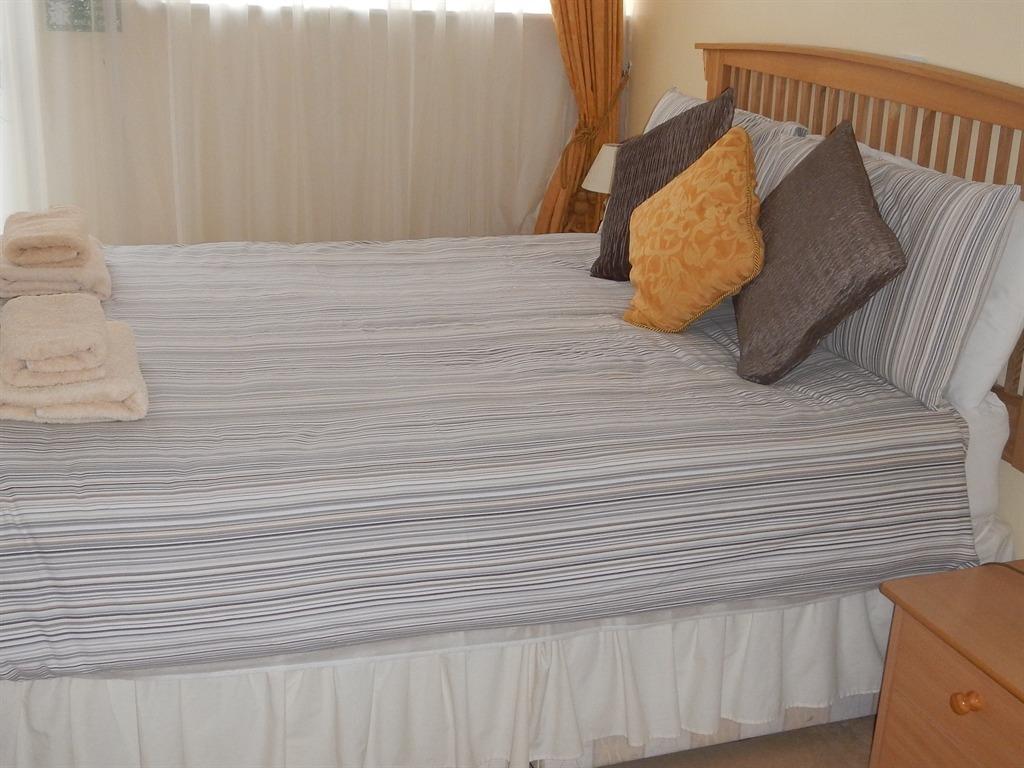 Double room-Standard-Ensuite-(Rear Ground floor)