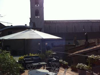 All´ombra del Duomo di Todi. La nostra terrazza panoramica