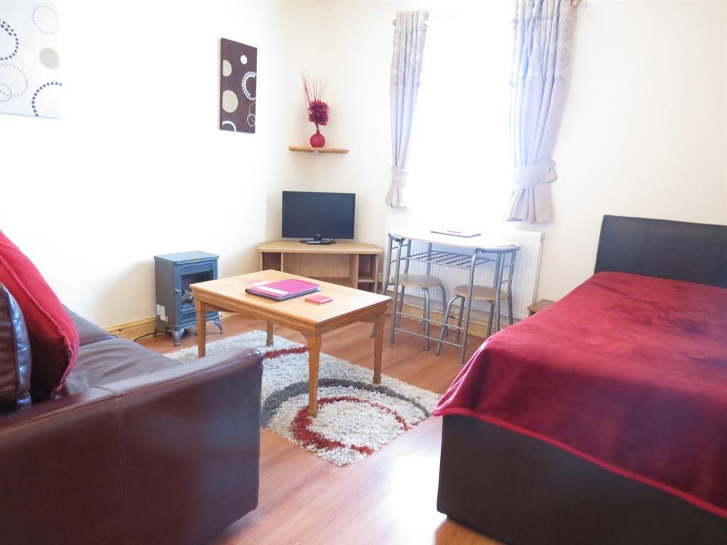 Apartment-Standard-Ensuite-Ground Floor