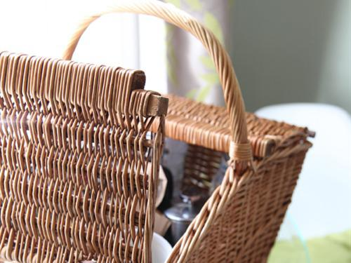 Breakfast hampers delivered to your room