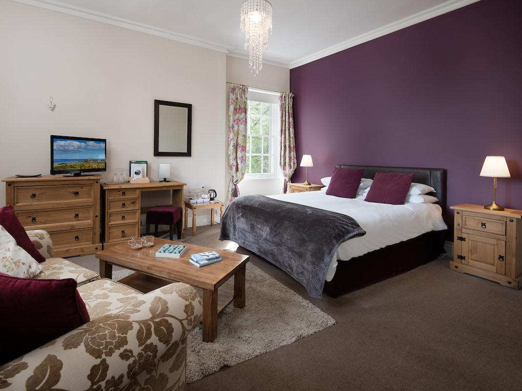 King-Luxury-Ensuite with Bath-Garden View-Room 2