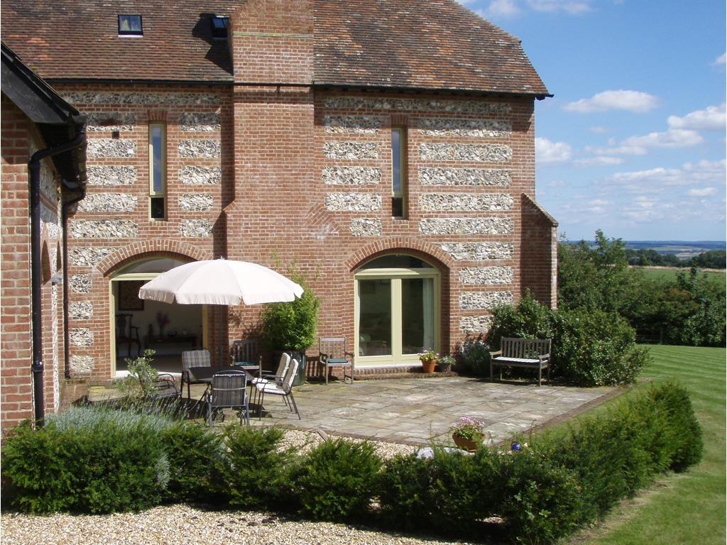 Lodge Farmhouse South Terrace