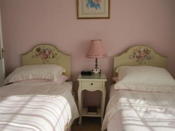 Twin Private Bathroom - Blandford House