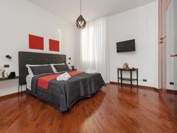 Camera Tripla-Comfort-Bagno in camera con doccia-Vista strada