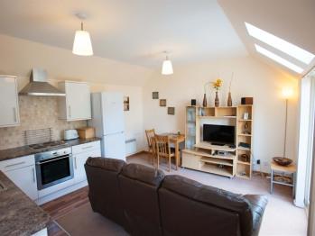 Glenernan Self Catering Cottages - Glenernan Cottage Lounge Kitchen