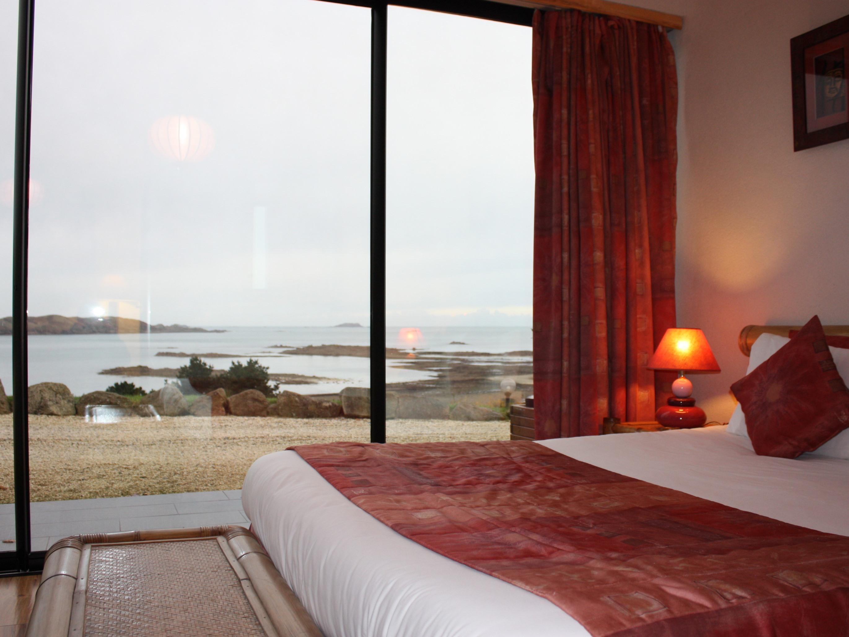 Double-Standard-Douche-Vue mer-Grande baie vitrée