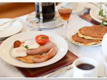 Freshly Ground filtered coffee, home-made buttermilk pancakes with maple syrup plus choice of cooked breakfast made to order by qualified chef.