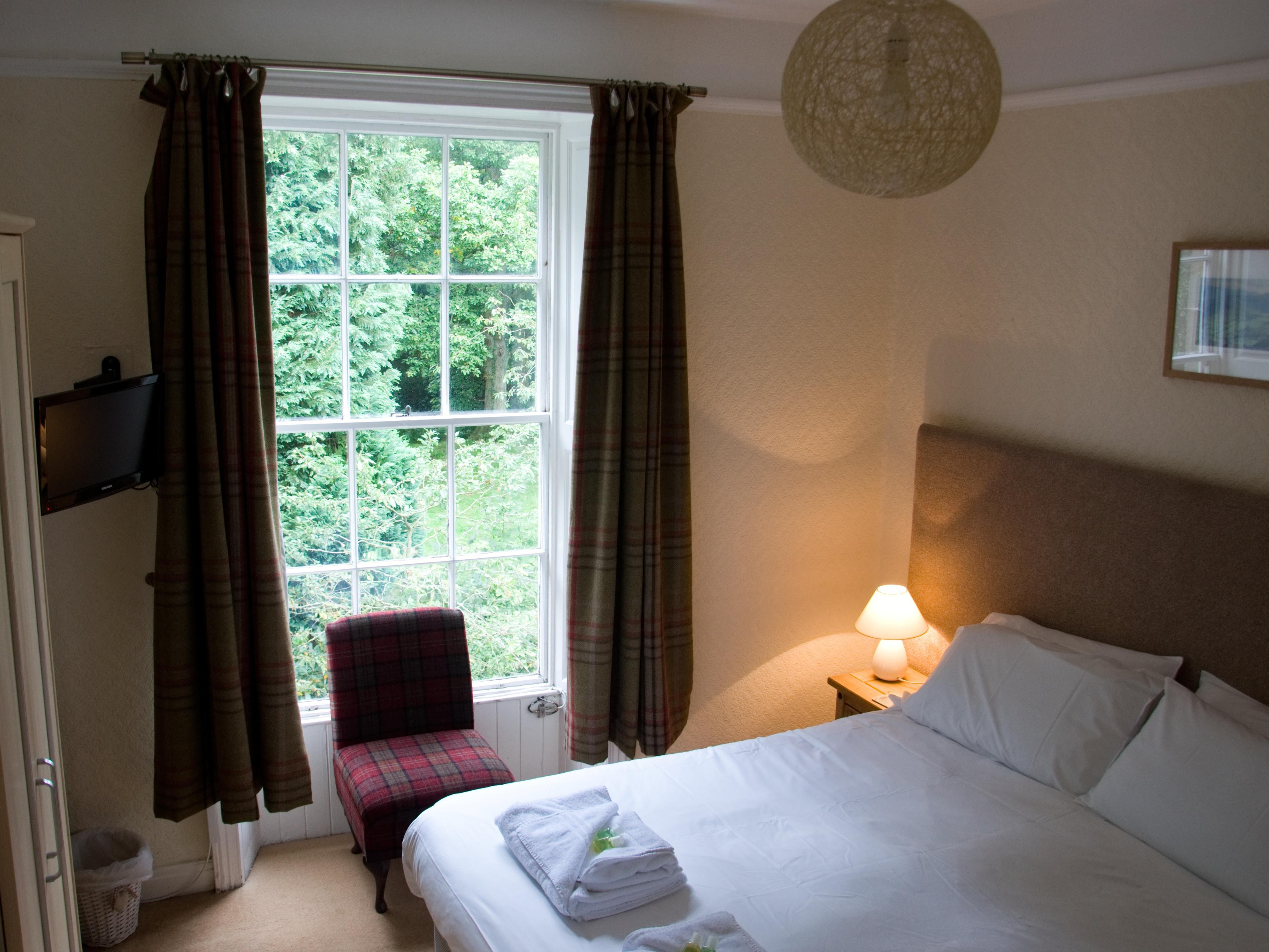 Double room-Standard-Ensuite with Shower-Room 5 - Base Rate
